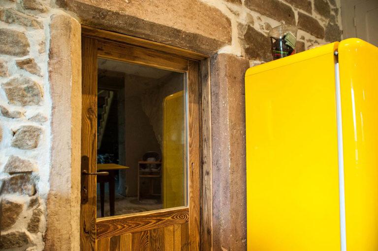agencement intérieur porte en bois
